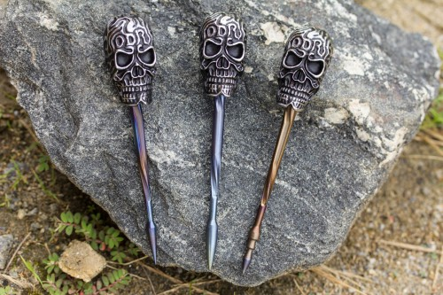 Darrel Ralph Designs Custom Blued Titanium Skull Push Rod