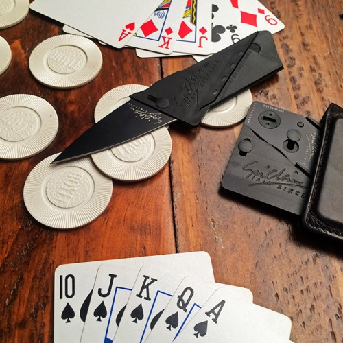 Play your cards right with the compact and concealable CardSharp2.