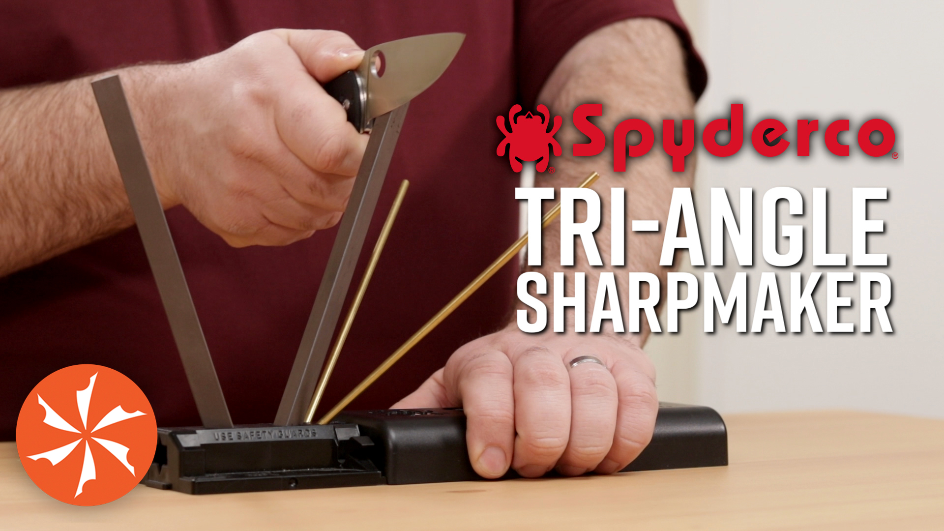 How To Sharpend With the Spyderco Tri-angle Sharp Maker