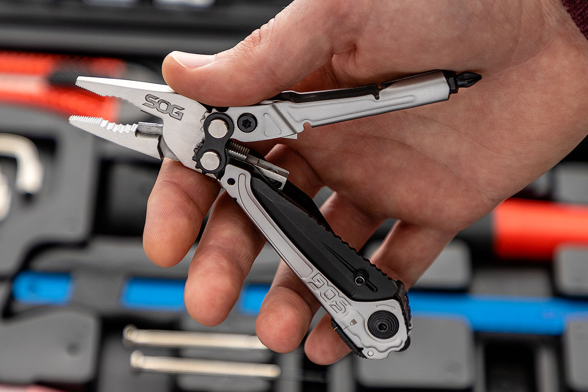 SOG Reactor Assisted-Opening Multi-Tool