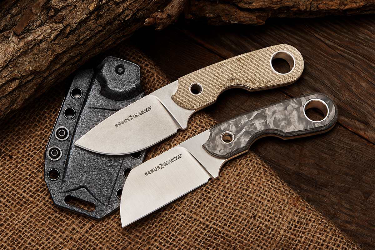 Viper Berus drop point with green Micarta handles and sheepsfoot with marbled carbon fiber handles next to each other