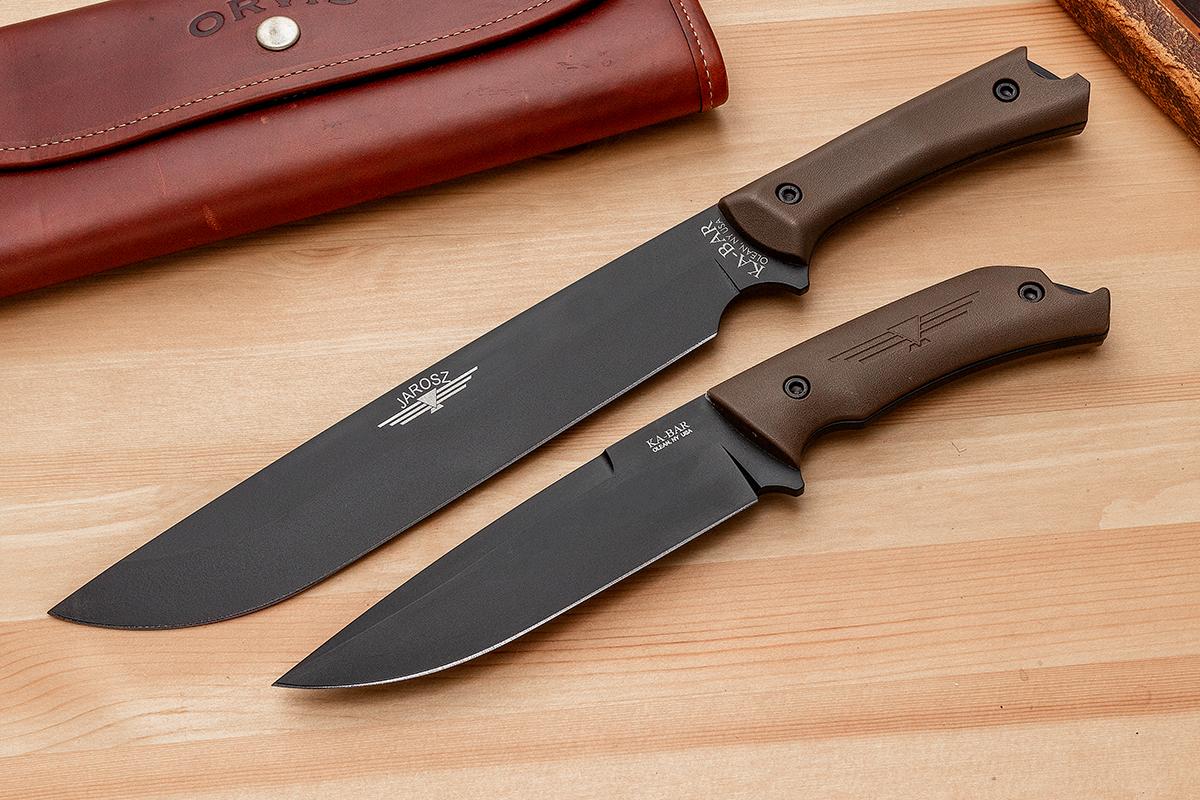 KA-BAR Turok and Choppa fixed blades on a wood surface